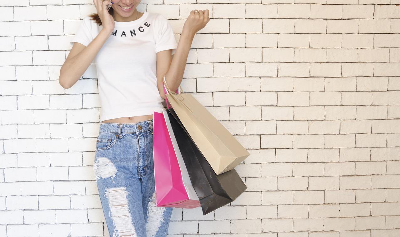 Einkaufen im Pyjama –  So geht Online-Shopping.